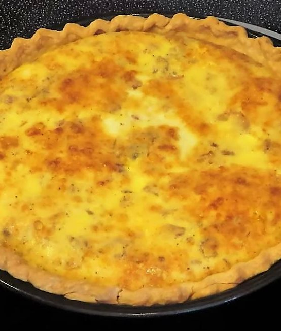 Make Bacon and Cheese Quiche
